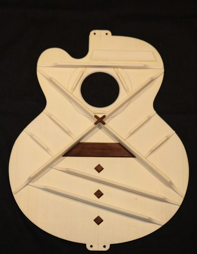guitar-soundboard-art-bracing-1